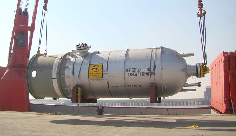 Pressure Vessels & Large Columns for LNG Liquefaction Plants
