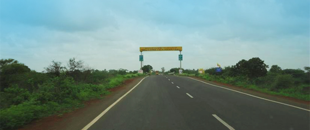 Sangareddy-to-KNT-MH-border-(Andhra-Pradesh-Karnataka)-2-laning-to-4-laning-5