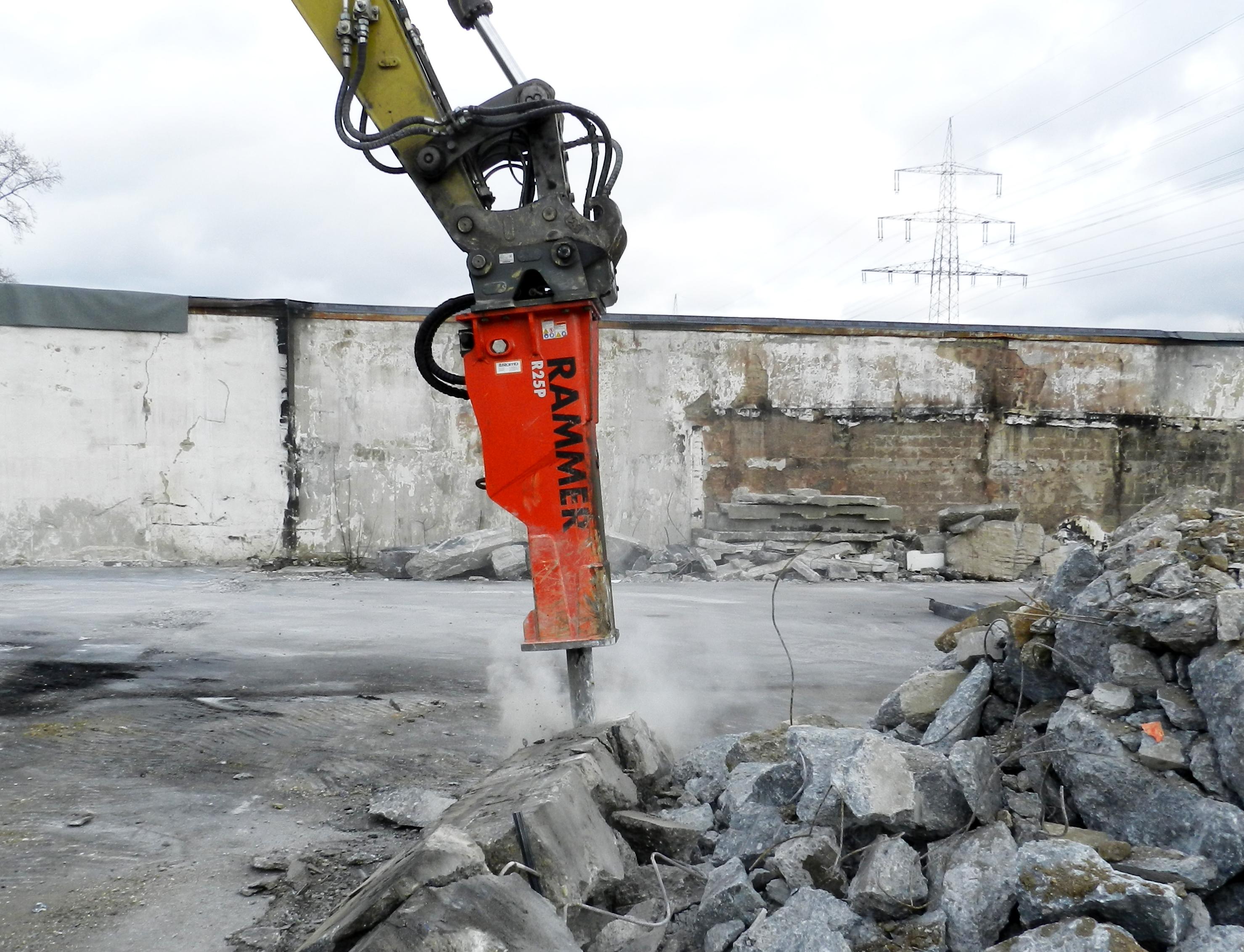 Rammer Rock Breaker  R25P