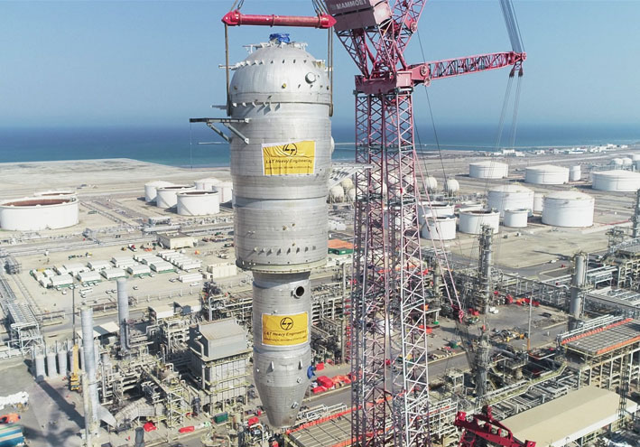 ORPIC Oman -  Industry benchmark : 740 MT Reactor lifted to 99-meter height